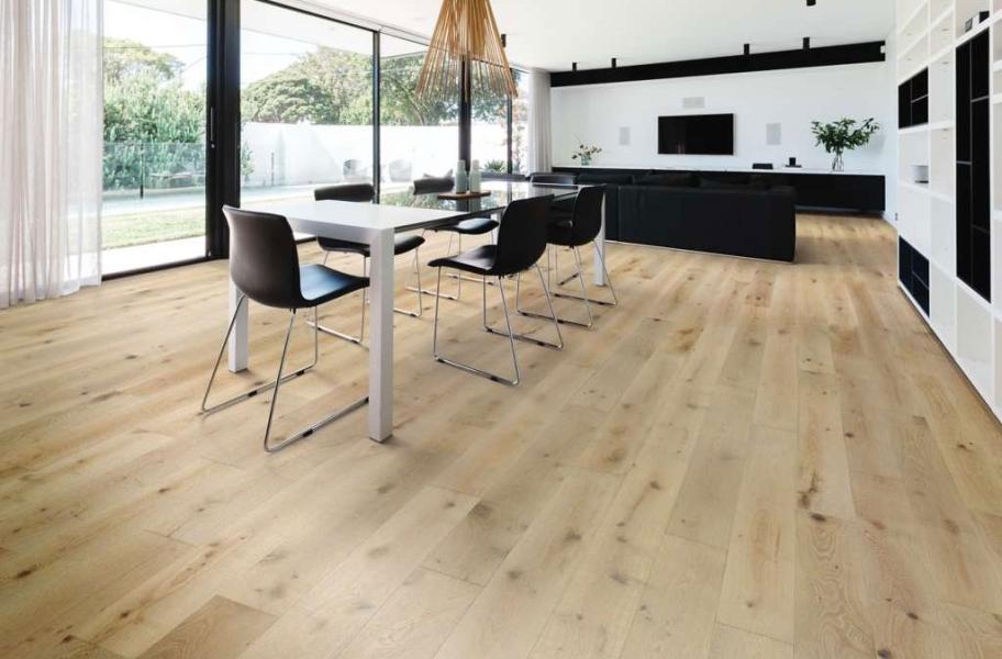 Light Wood Modern Floors: Shaw Expressions White Oak Engineered Wood